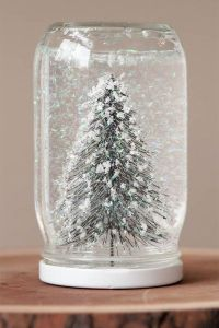 tree snowglobe